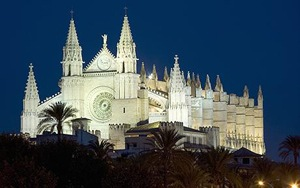 Gothic Cathedral Palma - Things to do in Palma