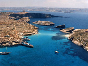 Relaxing Boat Trip Around Comino