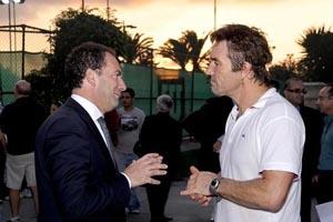 Pat Cash meets Tourism Parliamentary Secretary Mario de Marco