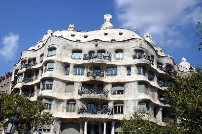 In Fact This Legendary Spanish Architect Made Buildings That Were So Fairytale And Dream Like If Many More Barcelona Had Been Designed By
