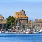 Quai des Bulles Festival – An usual comic art event in stunning St. Malo