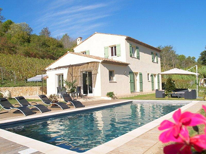 It Is In This Enviably Beautiful Part Of The World Where You Can Find Le Clos St Paul A Three Bedroom Two Bathroom Country House Situated Most