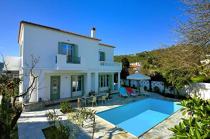 villa in Skopelos town