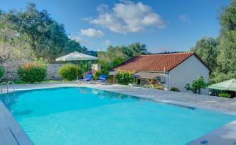 Eleana Villa's stunning swimming pool
