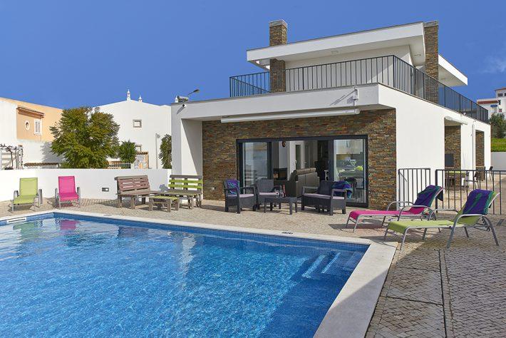 Villa Álvares