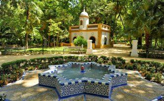 Exploring Andalucía's beautiful Maria Luisa Park