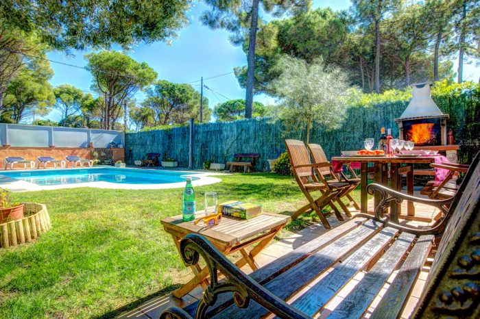 Three fabulous Vintage Travel villas for families on the Costa Brava