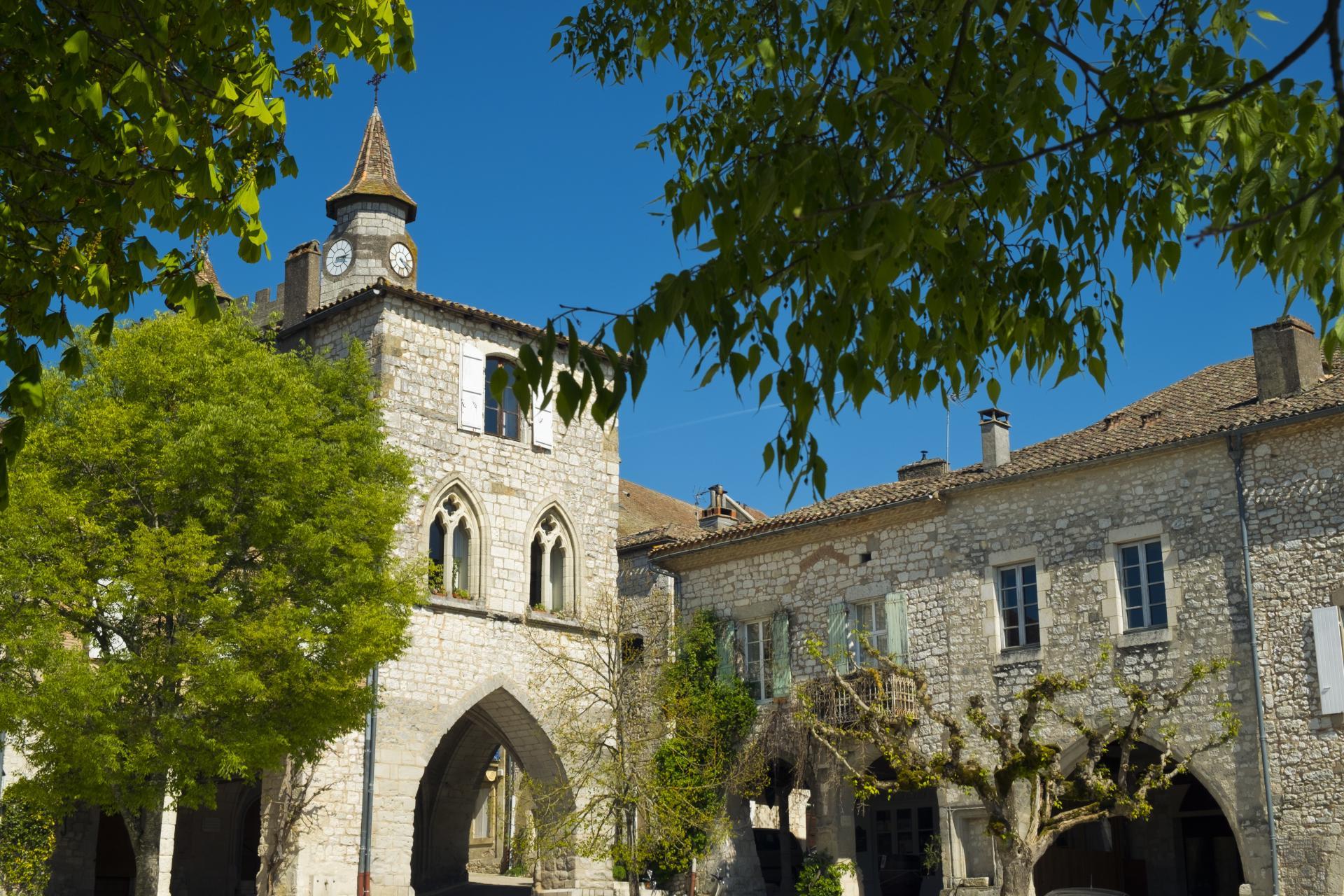 Monflanquin Hilltop Bastide Town