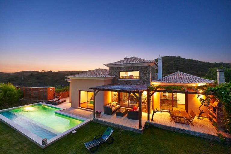 Algarve Villa Listing Banner